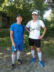 Två slitna löpare framme vid Härjarö